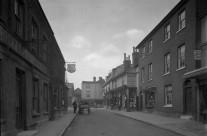 Swan Street (West)