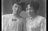 Freda Barton (Right) and her sister Gertrude